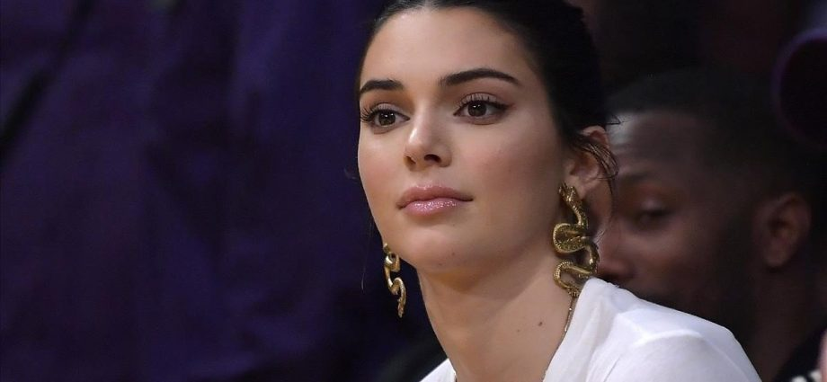 Kendall Jenner muestra su mejor outfit