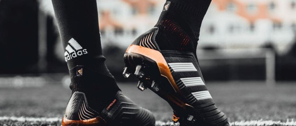 Compra zapatos de soccer en línea