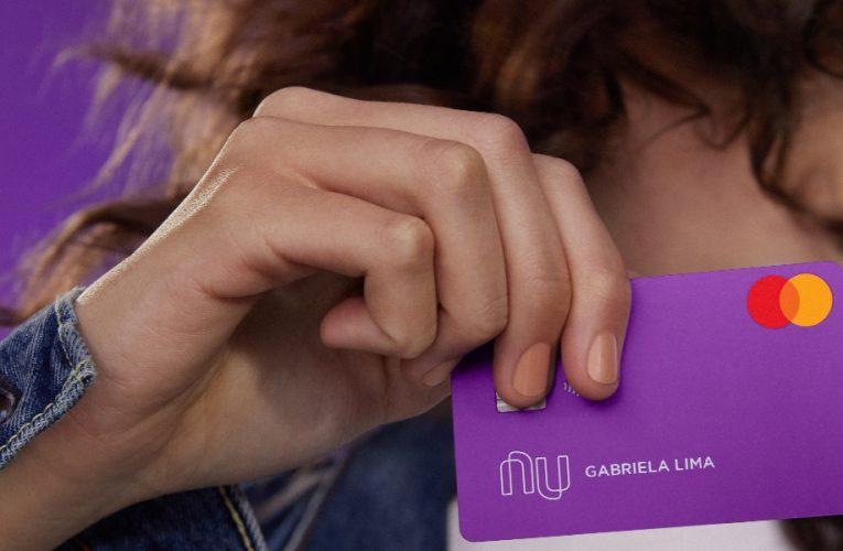 El momento ideal para la primera tarjeta de crédito de tu hijo.