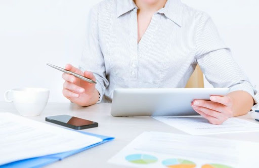 Calcula los activos totales de tu empresa